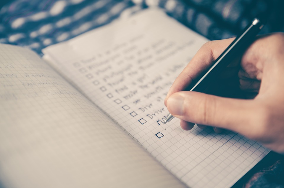 Making a ultimate moving checklist