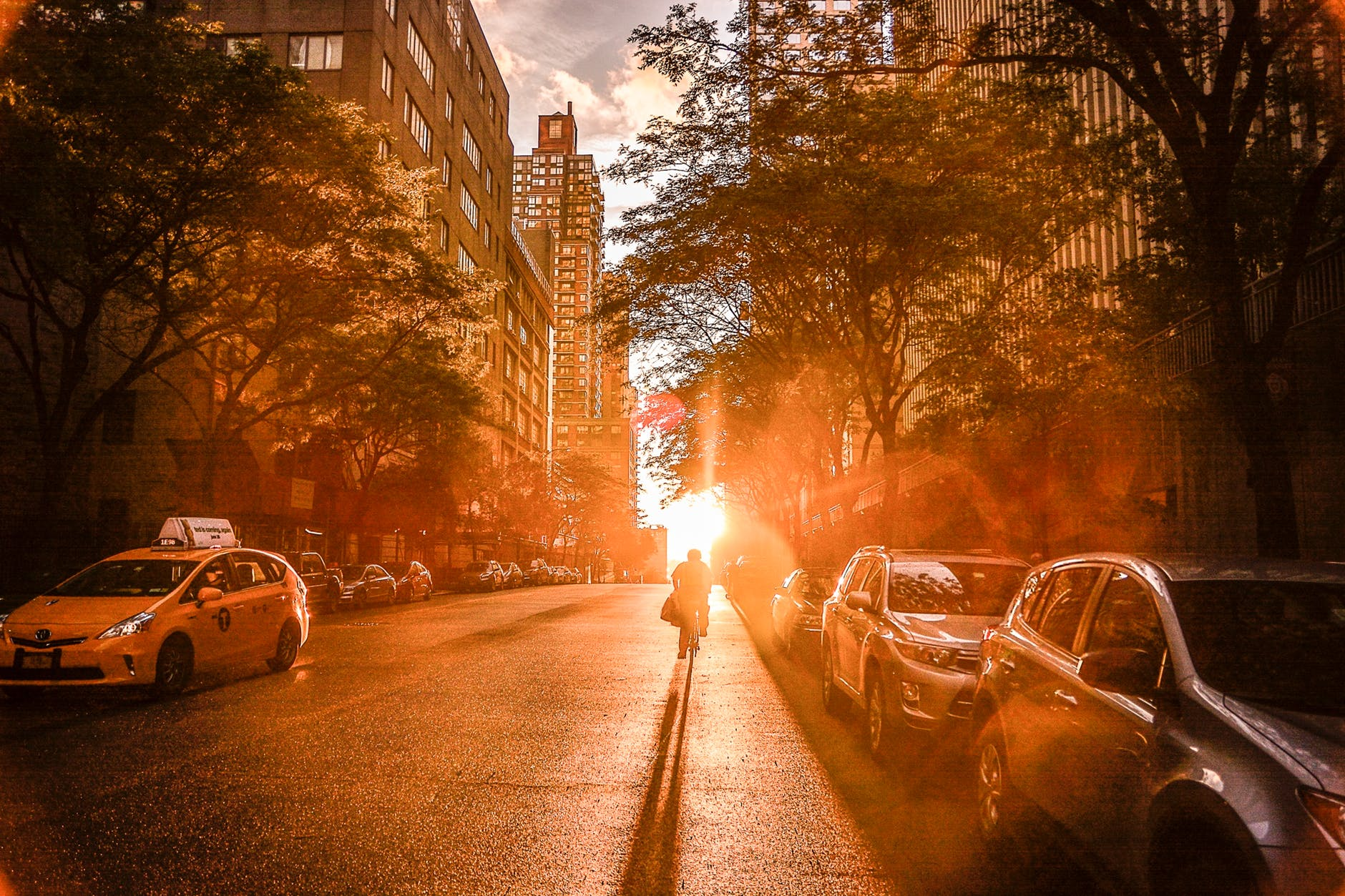 Which side of Manhattan is better for living?