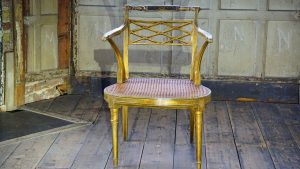 antique chari that you can pack antique furniture like a pro
