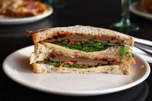 A nice looking sandwich