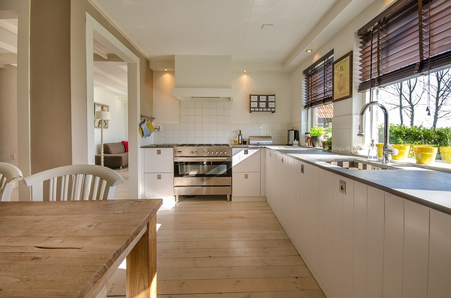 Is It Worthwhile to Downsize Your Kitchen?