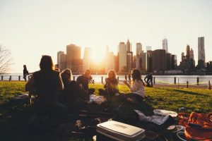 fun outdoor activities in NYC include picnic in the park