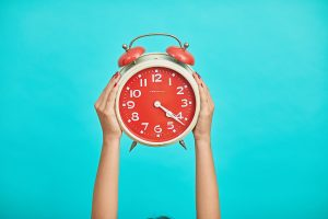 moving day checklist should include setting your alarm clock