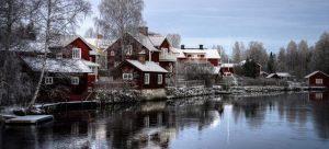 houses on a lake